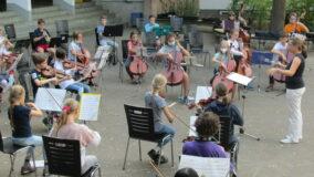 Alles muss raus – Orchesterproben auf dem Schulhof